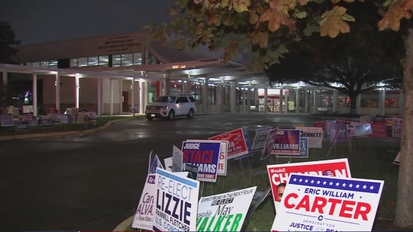 Harris County extends hours for last days of early voting