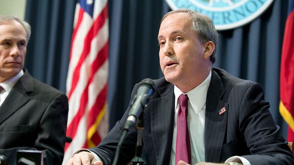 Judge moves criminal case against Texas attorney general