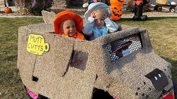 Twin girls absolutely nail 'Dumb and Dumber' costumes for Halloween