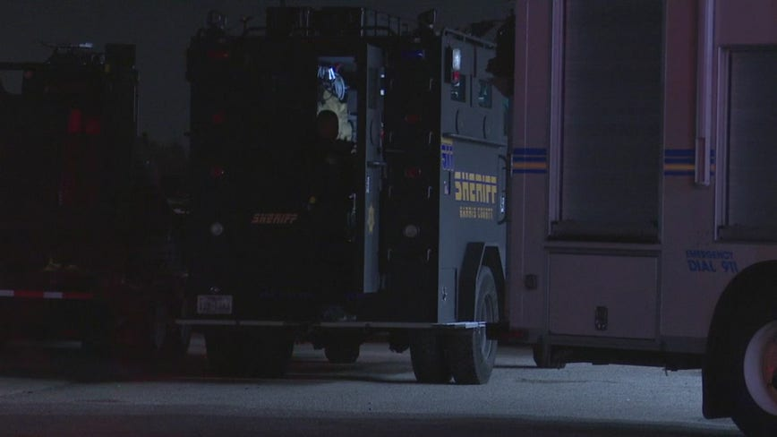 Man in custody after five-hour standoff in northwest Harris County