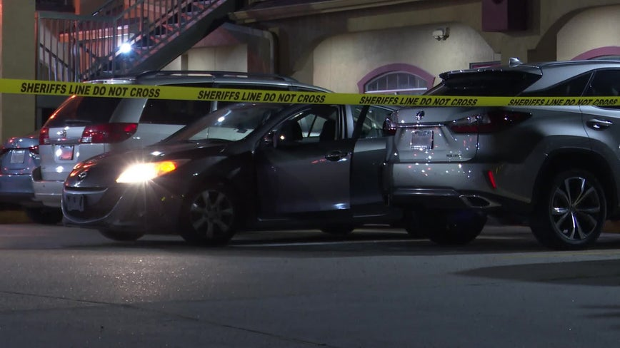Man shot while sitting in car at motel in north Harris County