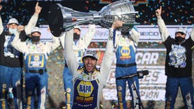 Elliott drives from back of the field to first NASCAR title