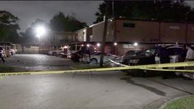 2 shot, 1 dead after violent night in Baytown
