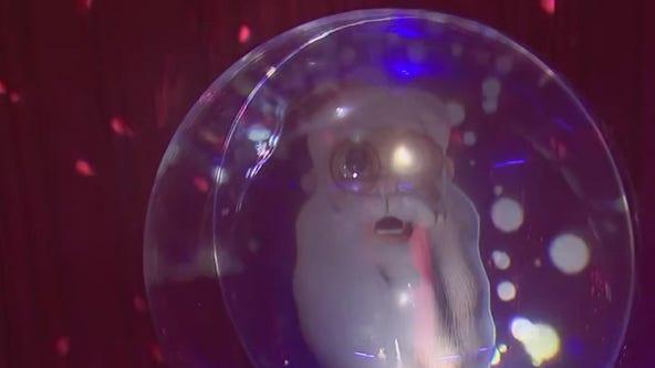 Check out Santa in 3D at Sugar land Town Square
