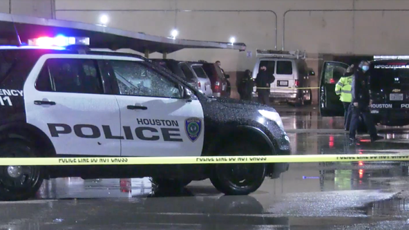 Houston Police investigating shooting that left 1 dead near Uptown