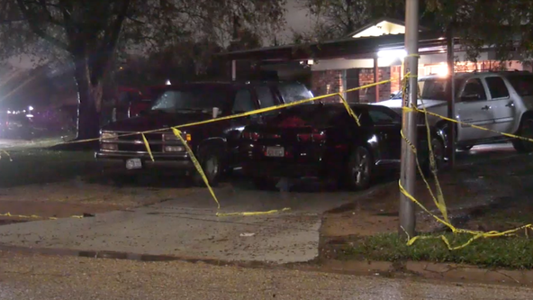 Houston Police searching  for suspect that allegedly shot his ex-girlfriend's father