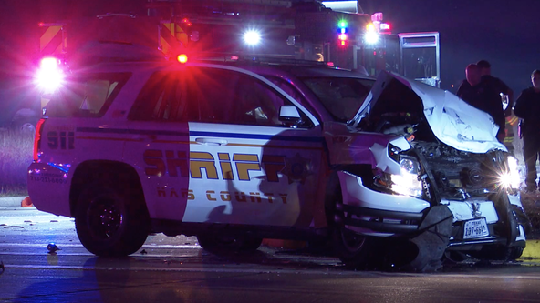 5 hospitalized with injuries after HCSO patrol car collides with vehicle