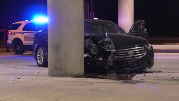 Man shot while driving crashes into pillar in north Houston