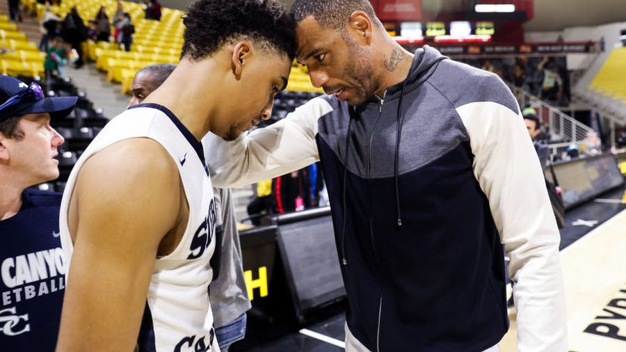 Like father, like son: KJ Martin follows in his dad's footsteps