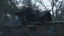 Firefighter injured in north Houston house fire