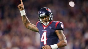 'Houston appreciates him': Mayor Turner sends praises to Deshaun Watson amid trade rumors