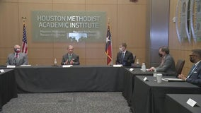 Gov. Abbott holds roundtable discussion in Houston, provides COVID-19 update