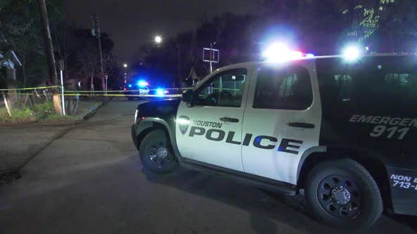 Houston police investigate drive-by shooting that injured man, woman