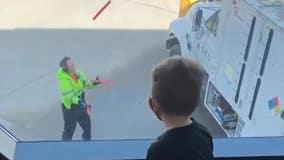 South Dakota Airport employee juggles batons, entertains passengers waiting for flight