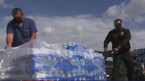 Constables deliver water to Houstonians still waiting on plumbing repairs