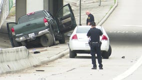 1 dead, 2 injured following two-vehicle crash in Kingwood