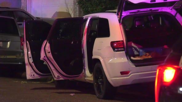 Man shot, 3-year-old child injured in southwest Houston