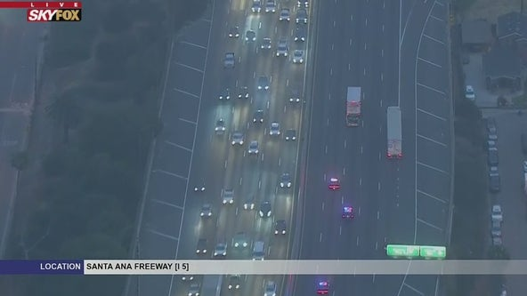 Police in pursuit of suspected stolen U-Haul on the 5 Freeway
