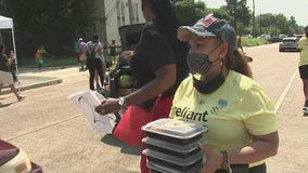 Feeding hungry Houstonians for Juneteenth