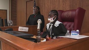 14-year-old Houston girl with Lupus gets to be judge for day
