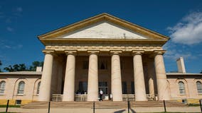 Mansion once home to Robert E. Lee reopens with new emphasis on those enslaved there