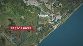 Body recovered during search for missing person after boat capsized near Freeport