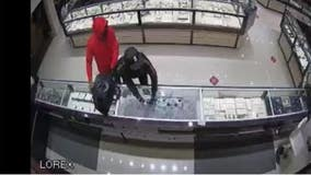 Jewelry store employee shoots at suspects during robbery at Katy Mills Mall: police
