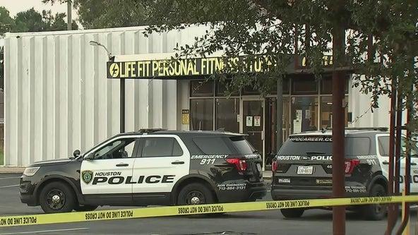 Who killed Elsa Mikeska? Woman shot going to gym in southeast Houston