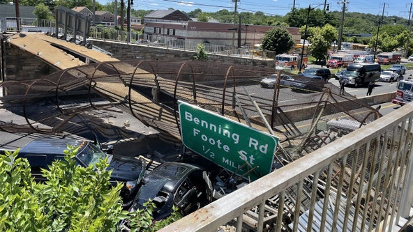 4 transported after pedestrian bridge collapses in Northeast DC; traffic being diverted