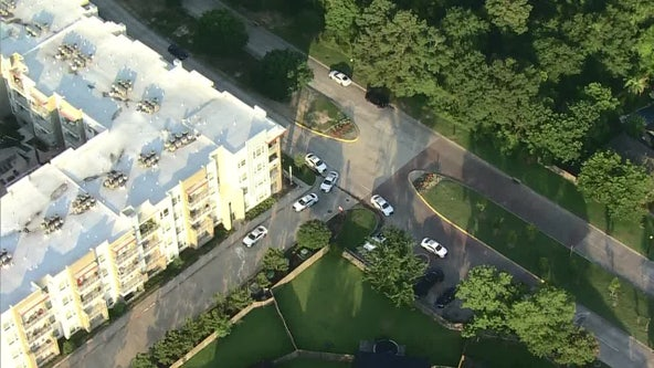 Man, woman found shot to death in Spring apartment