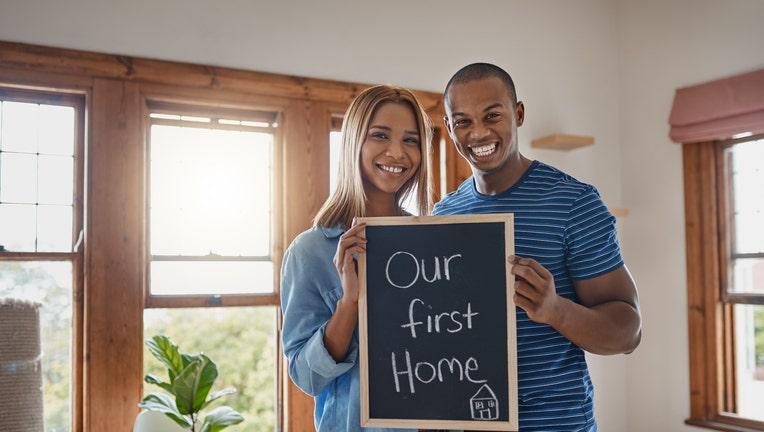 Credible-starter-home-iStock-1011283592.jpg