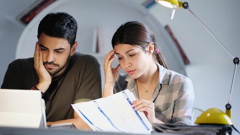 Credible-student-loan-help-iStock-1019100668.jpg