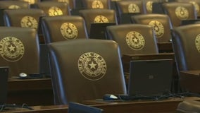 Texas Democrats leave state Monday for Washington, deny Republicans quorum for voting bill