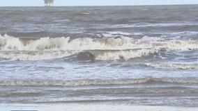Man dies from flesh eating bacteria at Crystal Beach