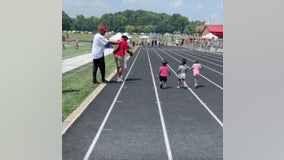 Future Olympians: Toddlers compete in adorable 'diaper dandies' race