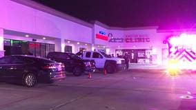 3 people shot after suspect went into Katy bar and 'randomly opened gunfire into the crowd'