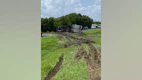 10 people seen running from major crash in Wharton County, 1 killed and another airlifted to hospital