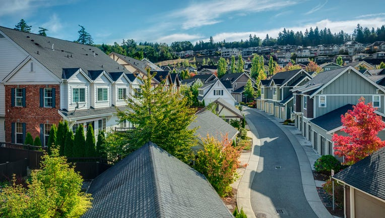 Credible-Dont-miss-sub-3-mortgage-rates-iStock-884875010.jpg