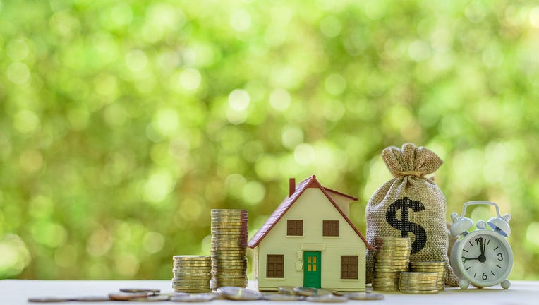 Credible-mortgage-refinance-iStock-1168905606.jpg