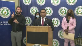 Fort Bend Co. files lawsuit challenging Texas Governor's executive order, COVID threat level increased