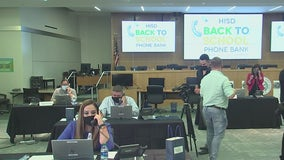 Houston ISD hosts phone bank as their virtual learning option application process starts