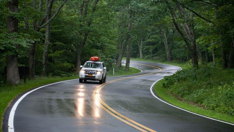 Credible-Comparing-car-insurance-quotes-savings-iStock-181143682.jpg