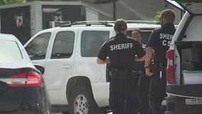HCSO: Man shot and killed at north Houston bar, suspect at large