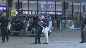 Victims in triple shooting in Houston's south side blame each other, HPD says