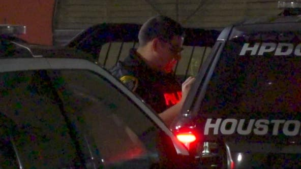 Man shot, killed by apparent 'jealous' ex-boyfriend at SW Houston hotel