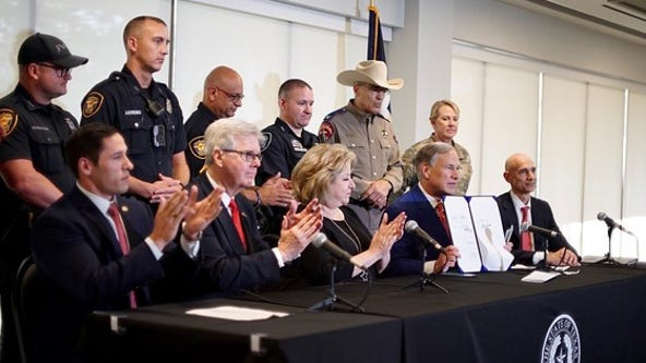Abbott signs HB 9 into law to provide $1.8B for border security