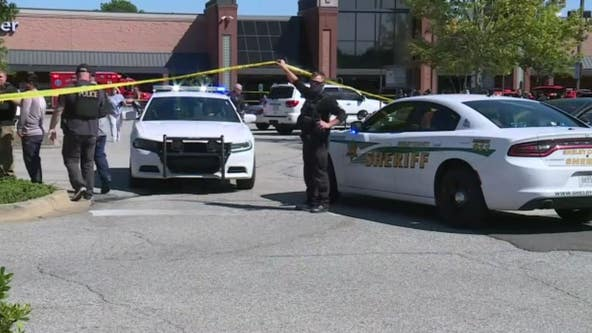 Tennessee Kroger shooting: Police say 13 shot, 1 killed, shooter dead