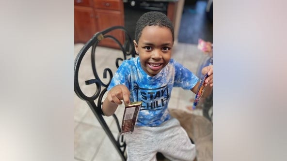 Amber Alert: 6-year-old boy taken from mother's vehicle in Pearland