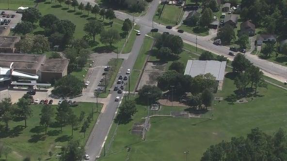 Teen shot multiple times near Kashmere High School, Houston police say