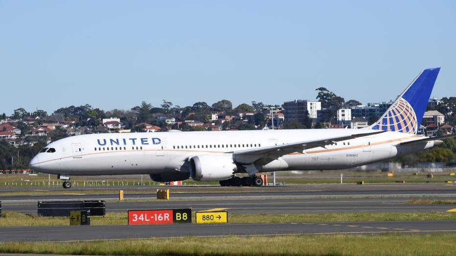 Aircraft movements at Sydney's Kingsford Smith International Airport